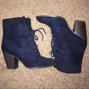 Navy blue 3 inch bootie‼️❤️